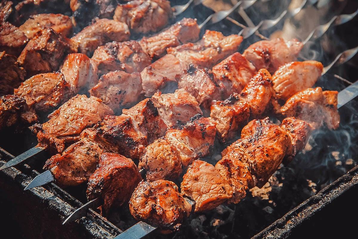 Grilling khorovats