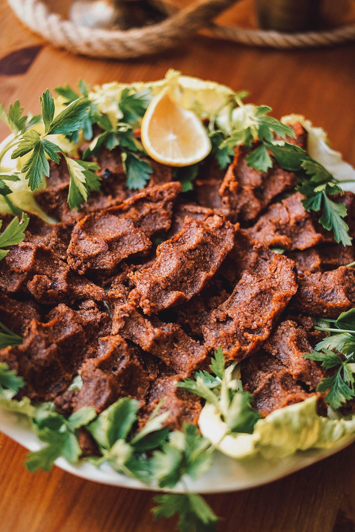 Plate of chikofte