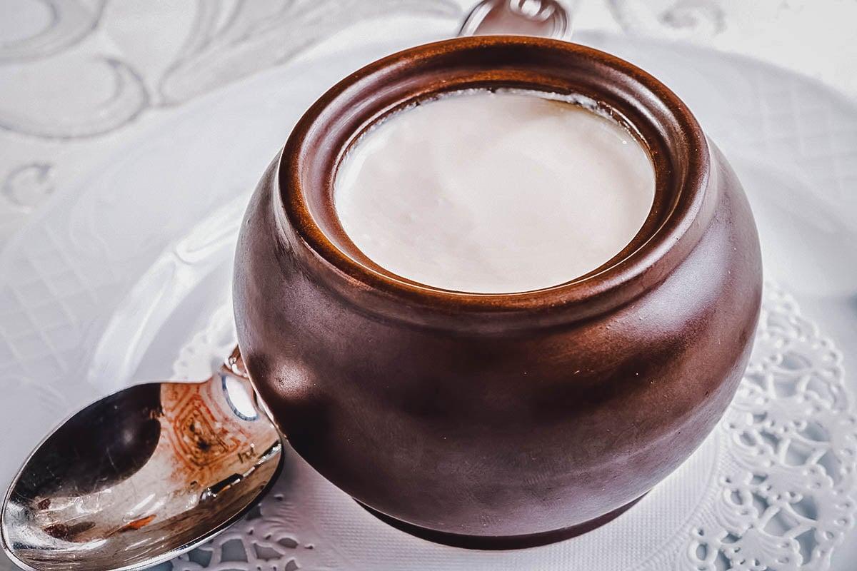 Small jar of matzoon