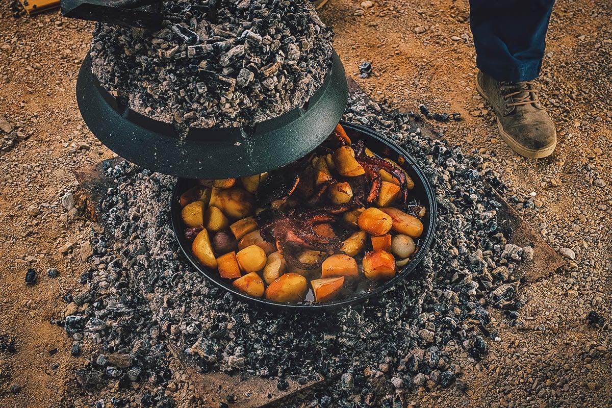 Cooking peka in a sac