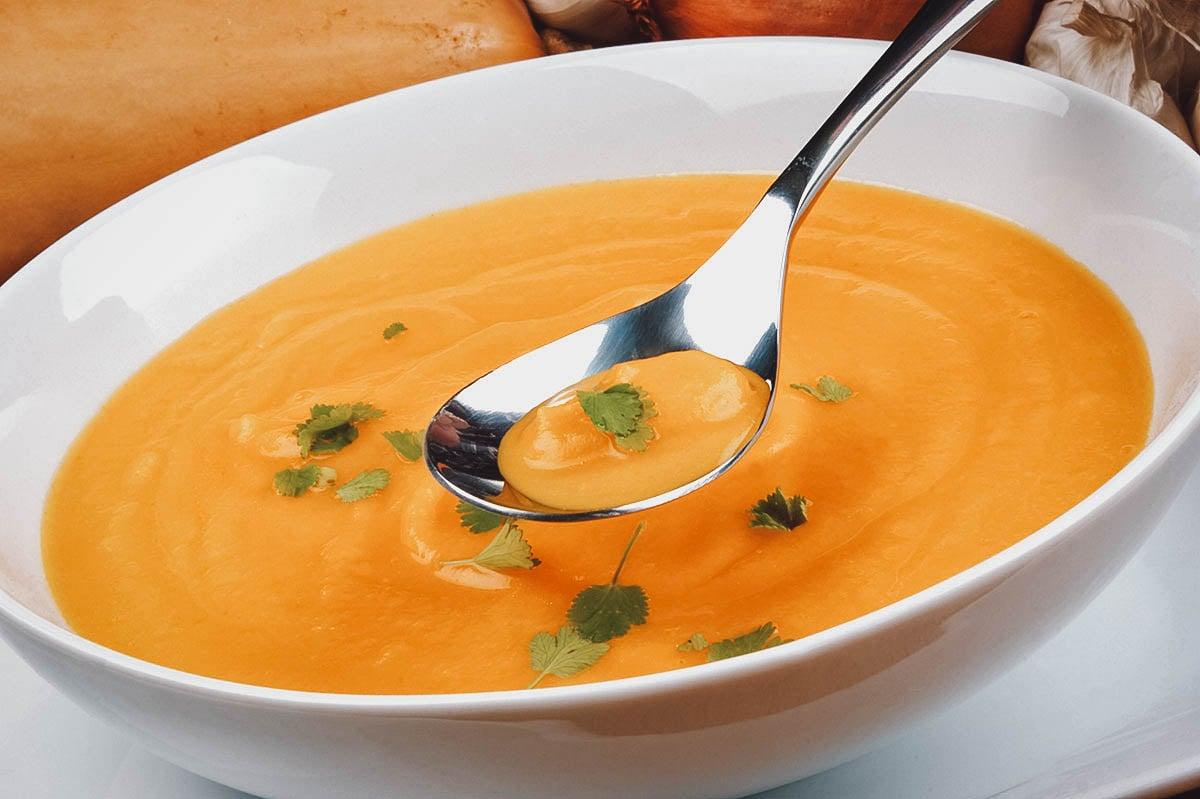 Sopa de pejibaye