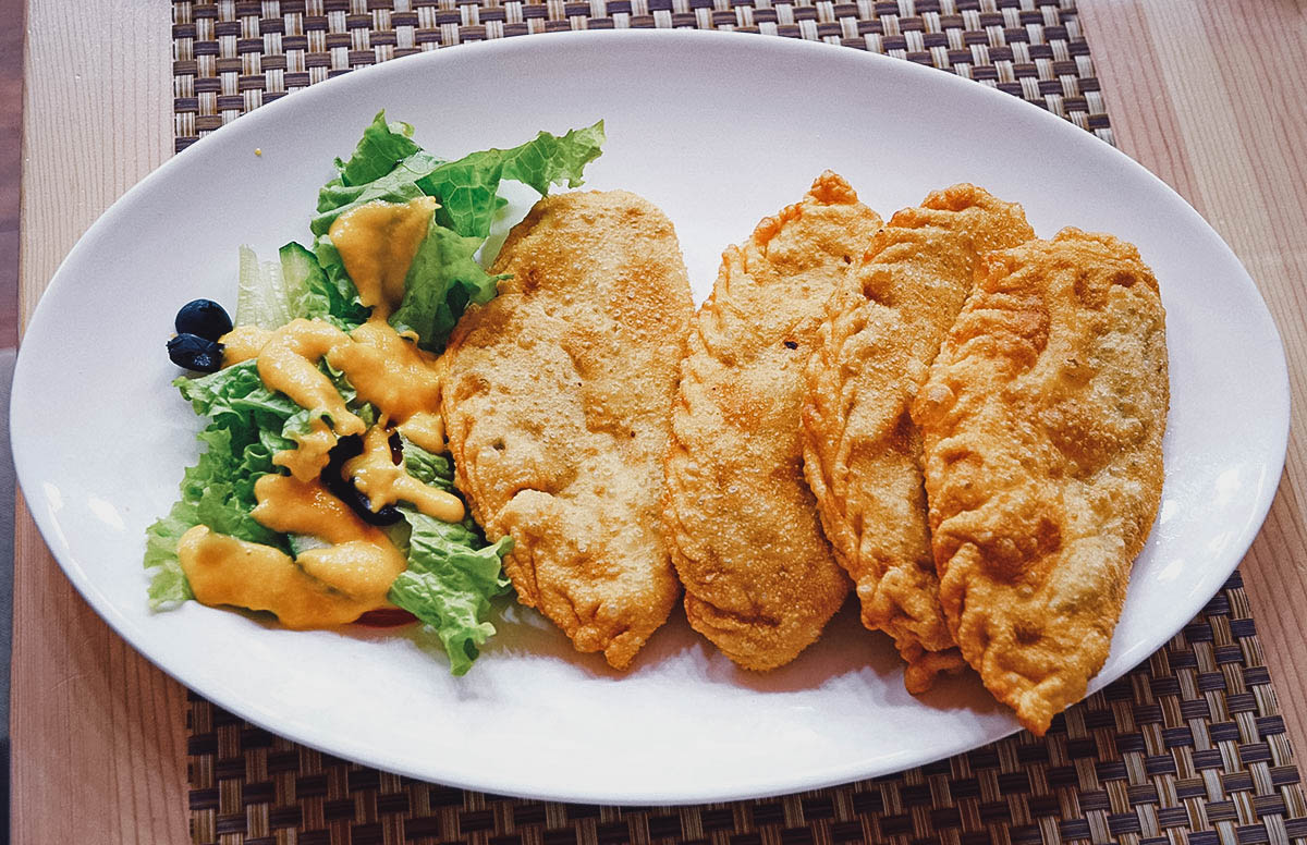 Plate of khuushuur