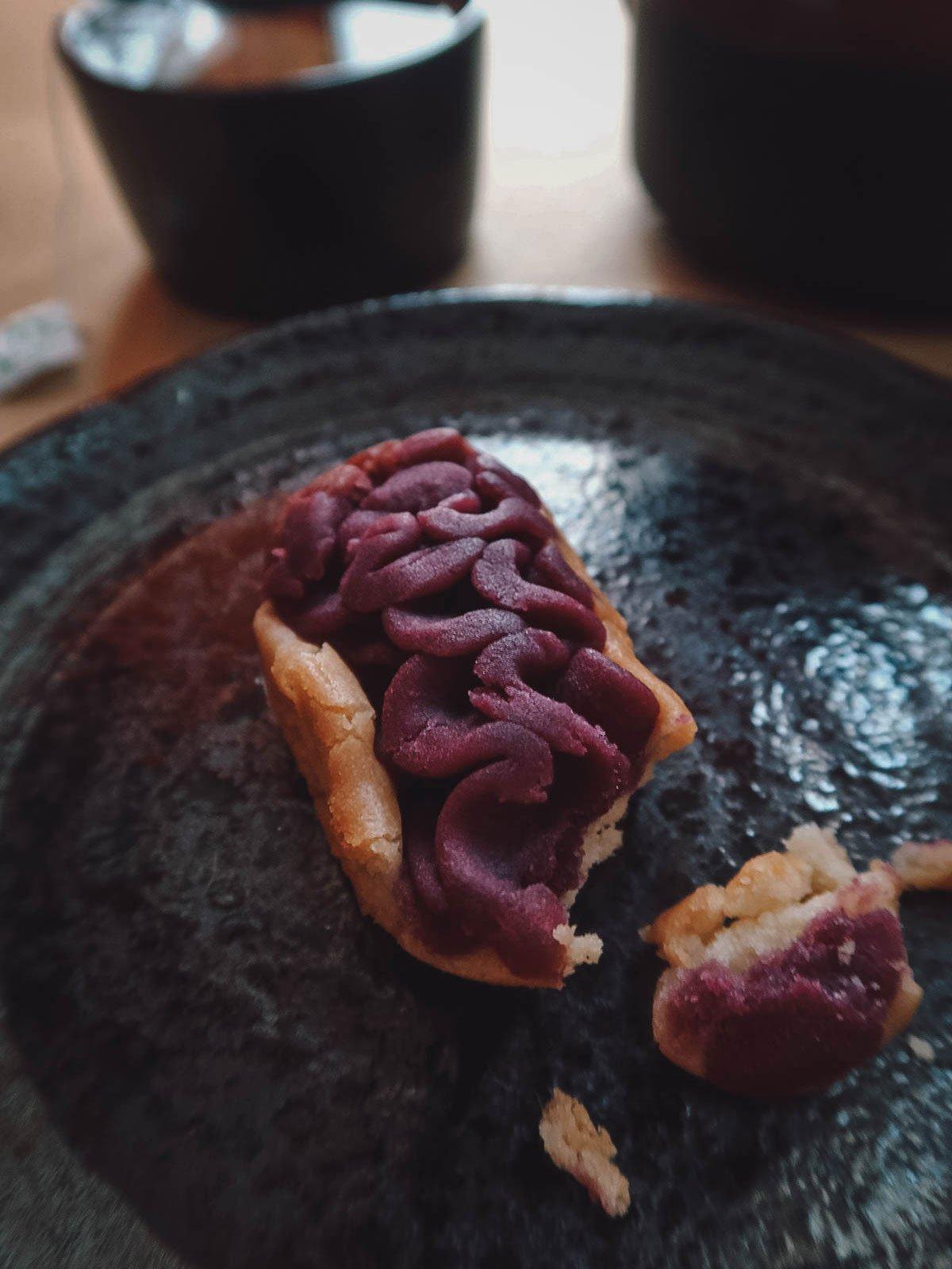 Beni imo tart with Japanese teapot and plates