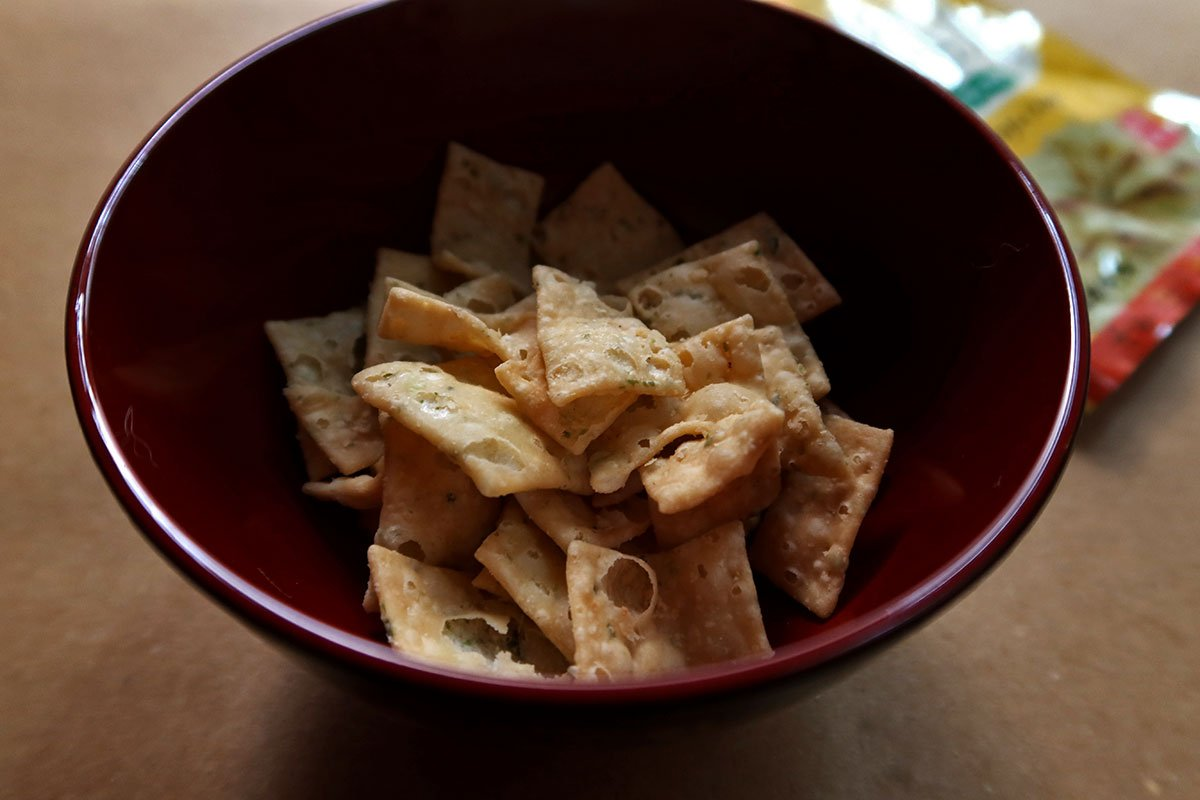 Owan bowl with mini salted tofu chips