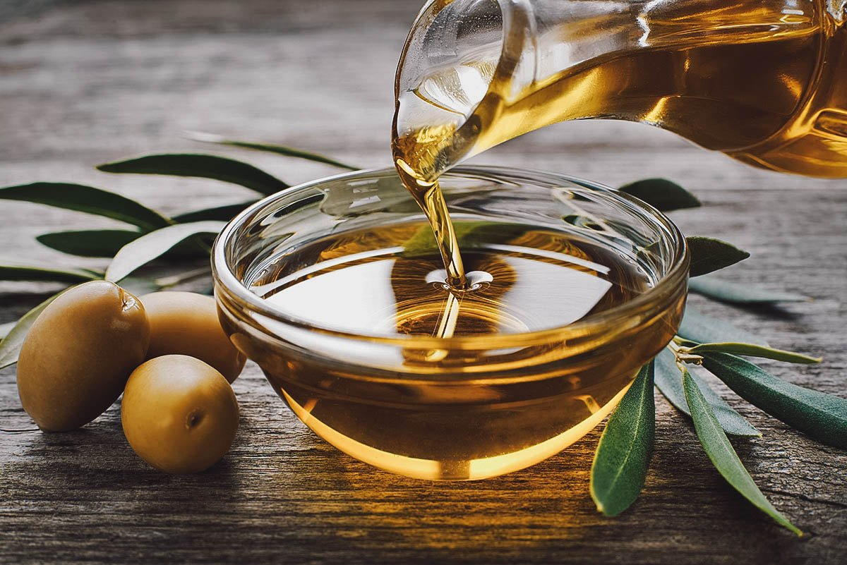 Croatian extra virgin olive oil from Istria
