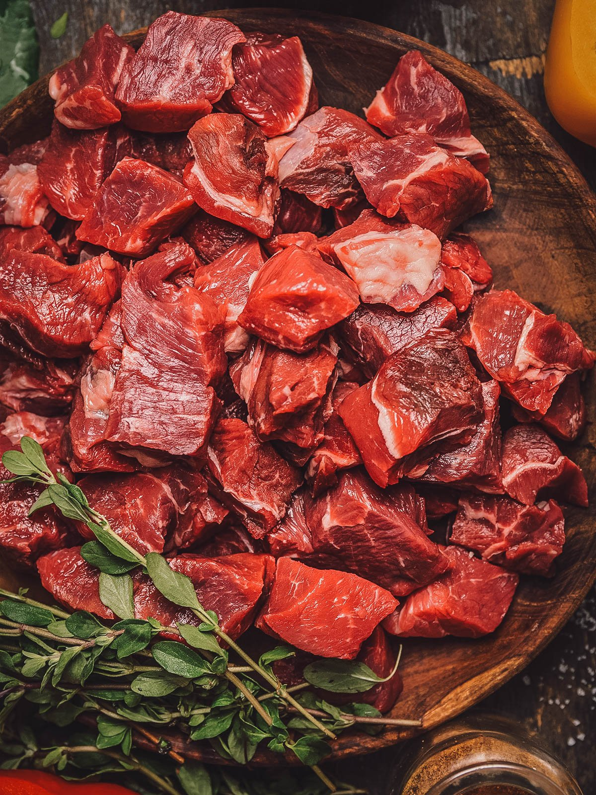 Tere siga or cubes of raw red meat