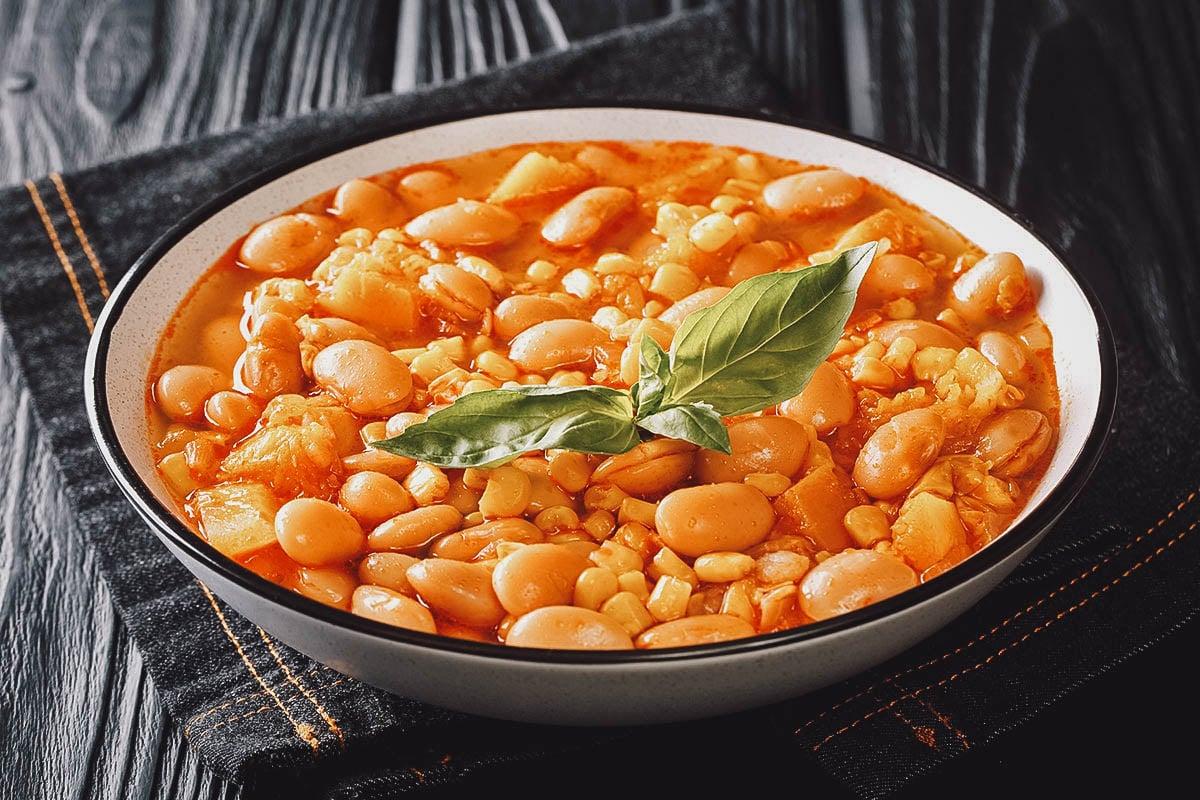 Porotos granados, a popular countryside dish made with cranberry beans